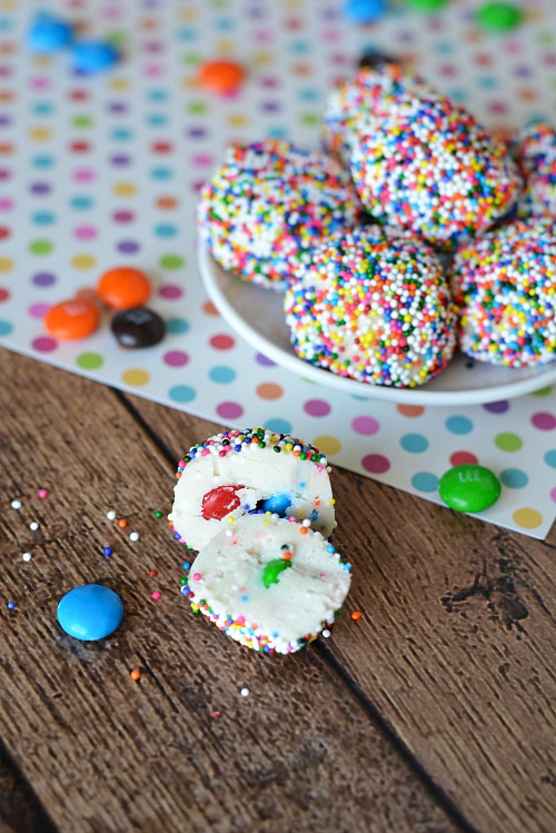 The cutest rainbow desserts for St. Patrick's Day: no-bake rainbow bite desserts | A Cultivated Nest
