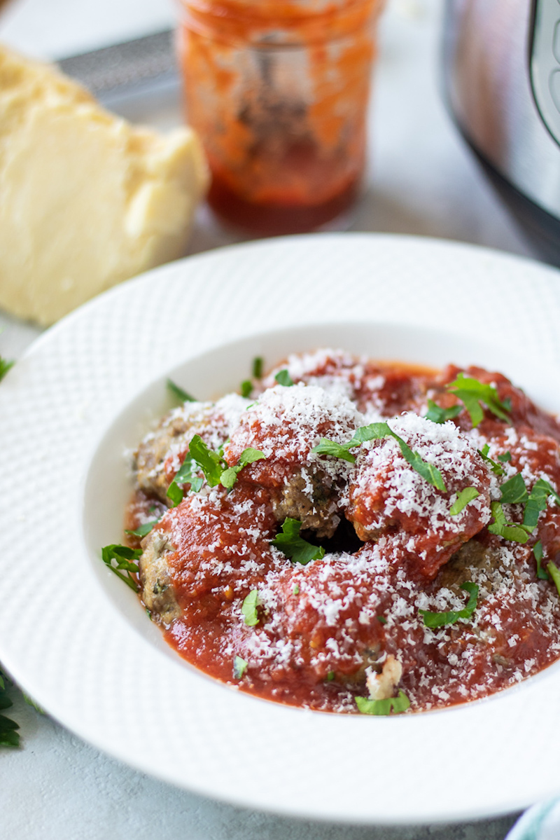 Weekly meal plan: Instant Pot Meatballs at A Mind Full Mom