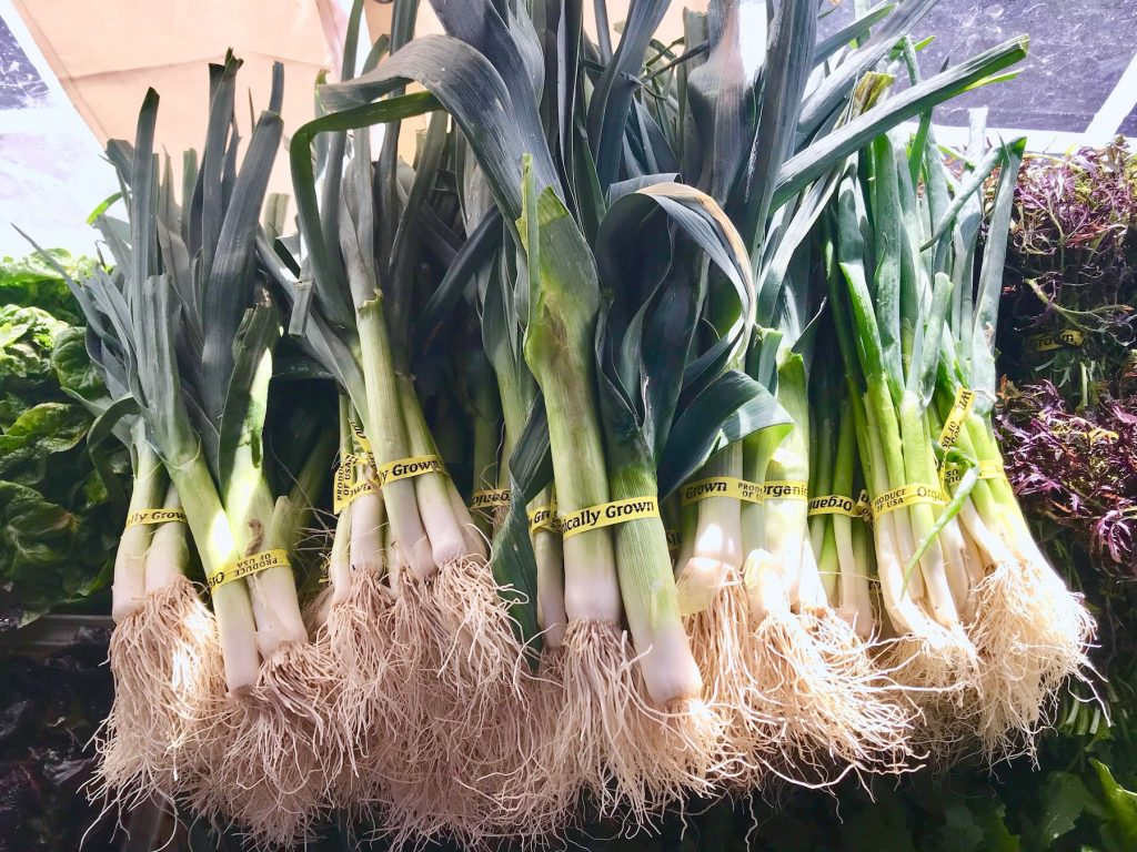 How to cook with leeks: young, smaller varieties can be found in spring markets | © Jane Sweeney Cool Mom Eats
