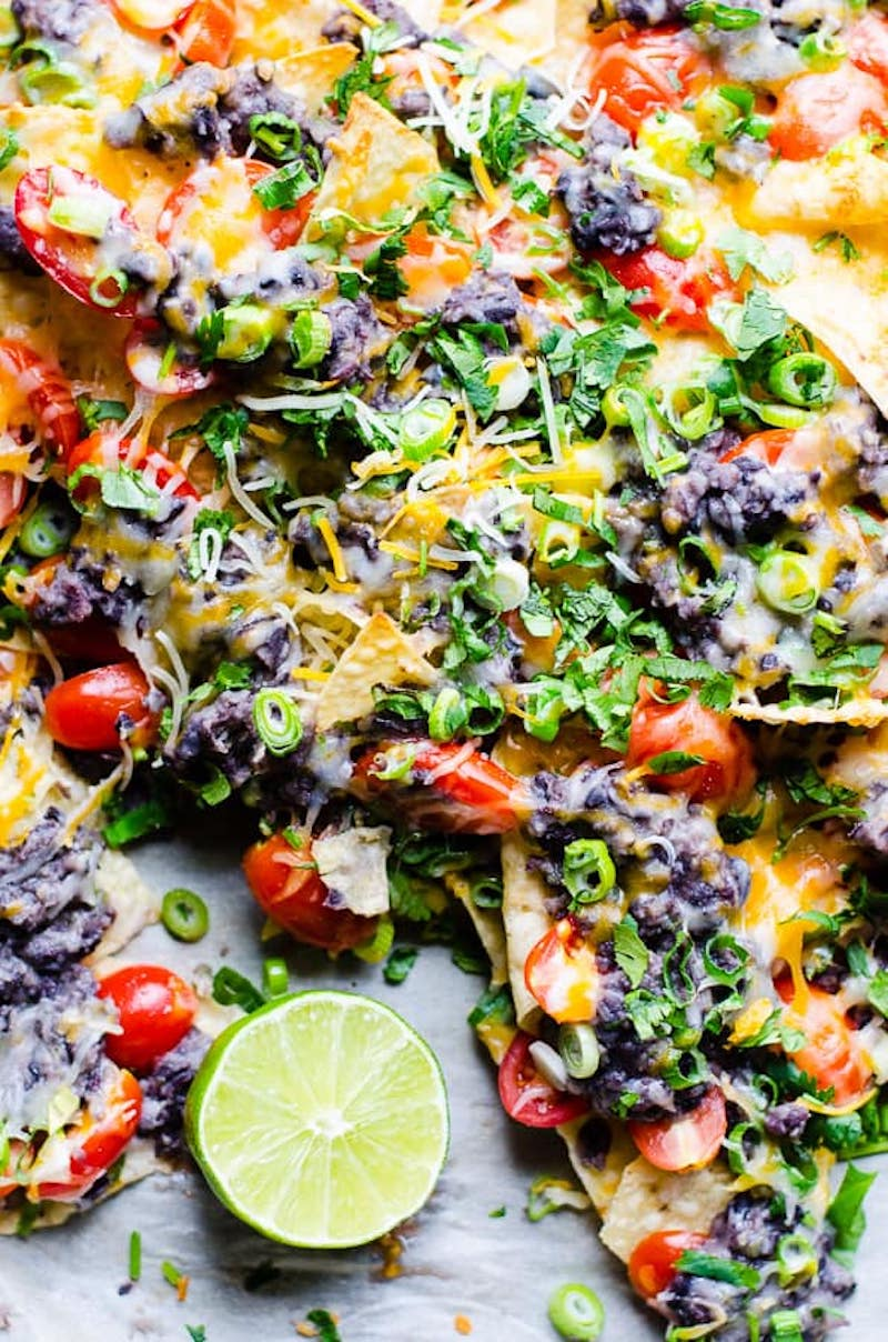 Weekly meal plan: Black Bean Nachos at iFoodreal