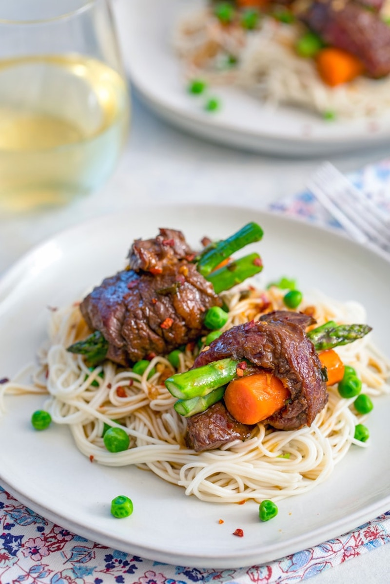 Weekly meal plan: Beef, Asparagus & Carrot Rolls at We Are Not Martha