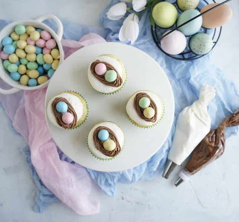 Easy Easter cupcake recipes: Eggs in nests at Windy City Dinner Fairy