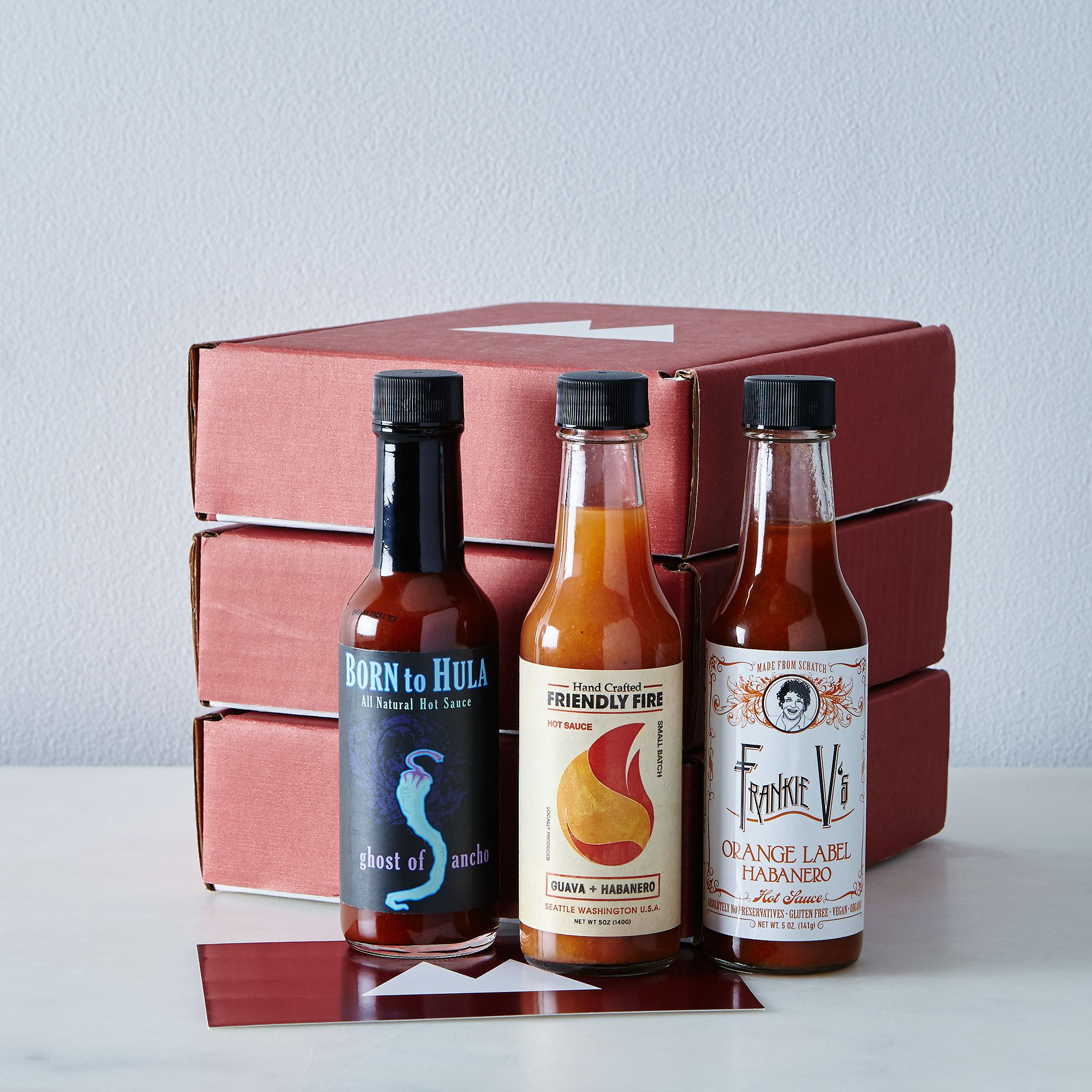 Gourmet gifts for Father's Day: Artisanal hot sauce subscription