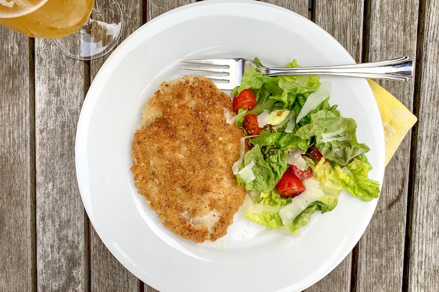 How to make crispy, chicken cutlets: A 10-minute main that goes with just about anything.