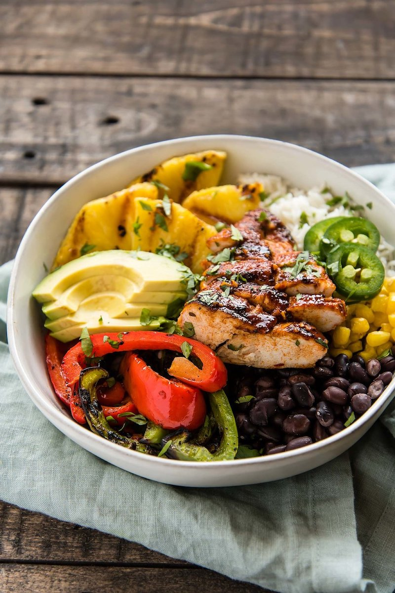 Weekly meal plan: Chipotle Chicken Bowls at Foraged Dish