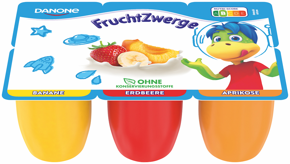 Educating kids with trips to foreign supermarkets: Read the Nutriscore on the German Danone packaging
