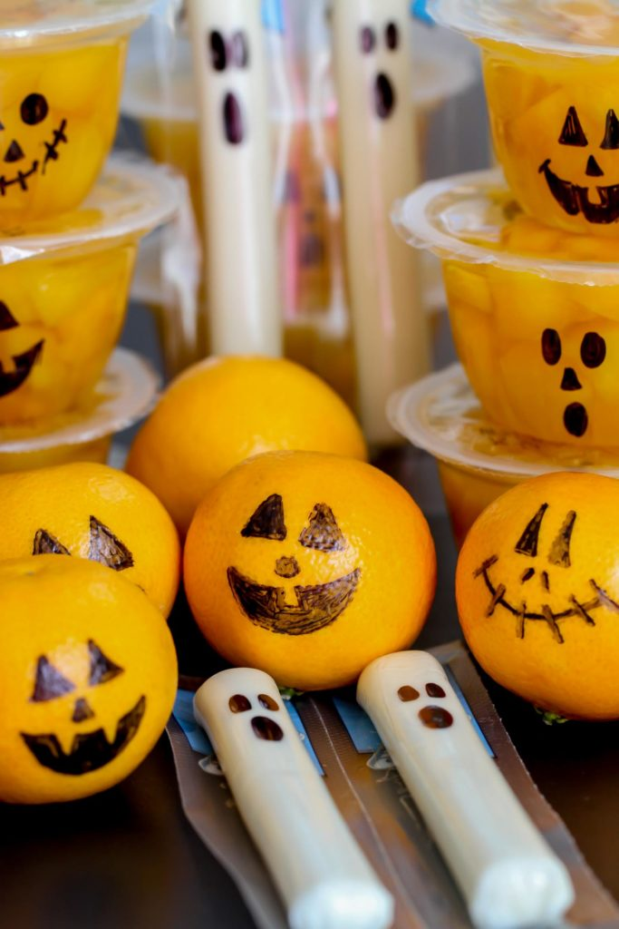 Easy healthy Halloween class party treats from Lil Luna: Just grab a sharpie!