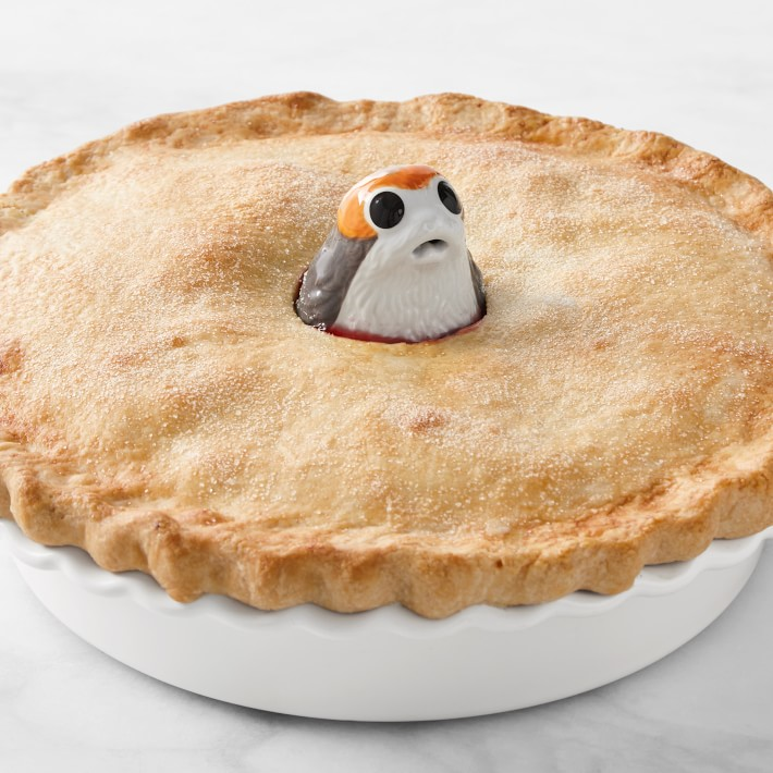 Le Creuset Star Wars collection: Porg pie bird at a great price!