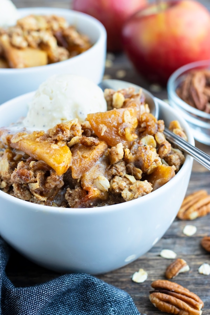 Weekly meal plan: Apple Crisp at Evolving Table