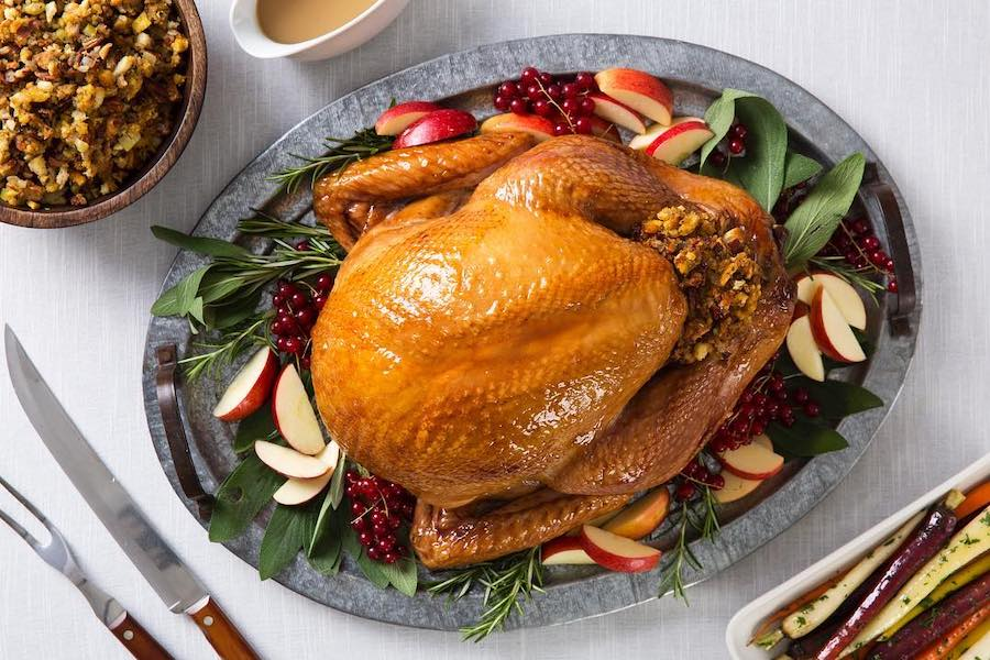 Turkey tips: How to pick the perfect turkey for your Thanksgiving table | image: Apple glazed turkey via Butterball