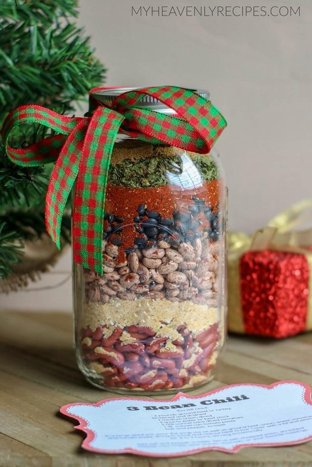 Three-bean chili mason jar gift by My Heavenly Recipes