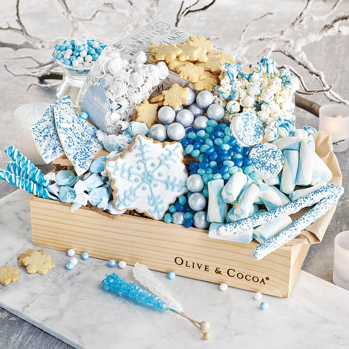 Snow & Ice gourmet gift box from Olive & Cocoa is perfect for little Frozen fans!