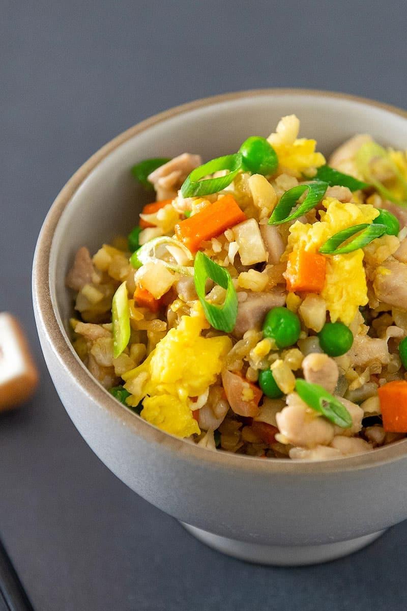 Weekly meal plan: Cauliflower Fried Rice at Nom Nom Paleo