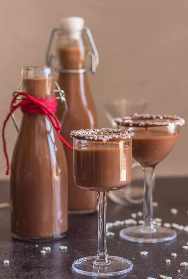 Creamy Nutella Liqueur homemade gifts | An Italian in my Kitchen