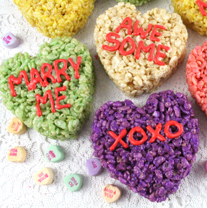 Heart-shaped cookie-cutter Valentine's Day Rice Krispie Treats | Two Sisters Crafting