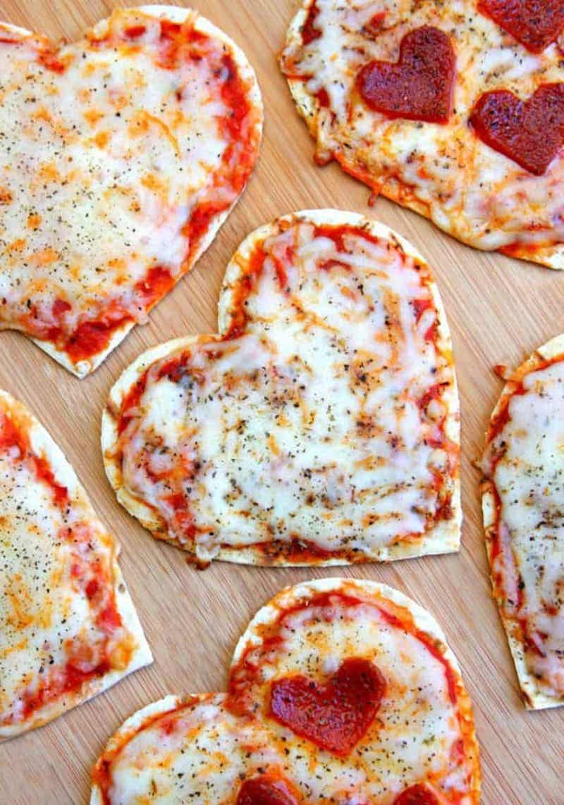 Weekly meal plan: Heart Pizzas at Happy Go Lucky