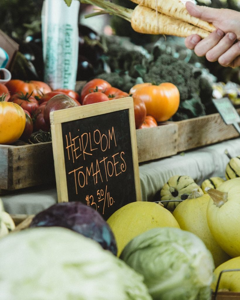 How to get produce delivery: Tips for contacting local farms and greenmarket farm stands