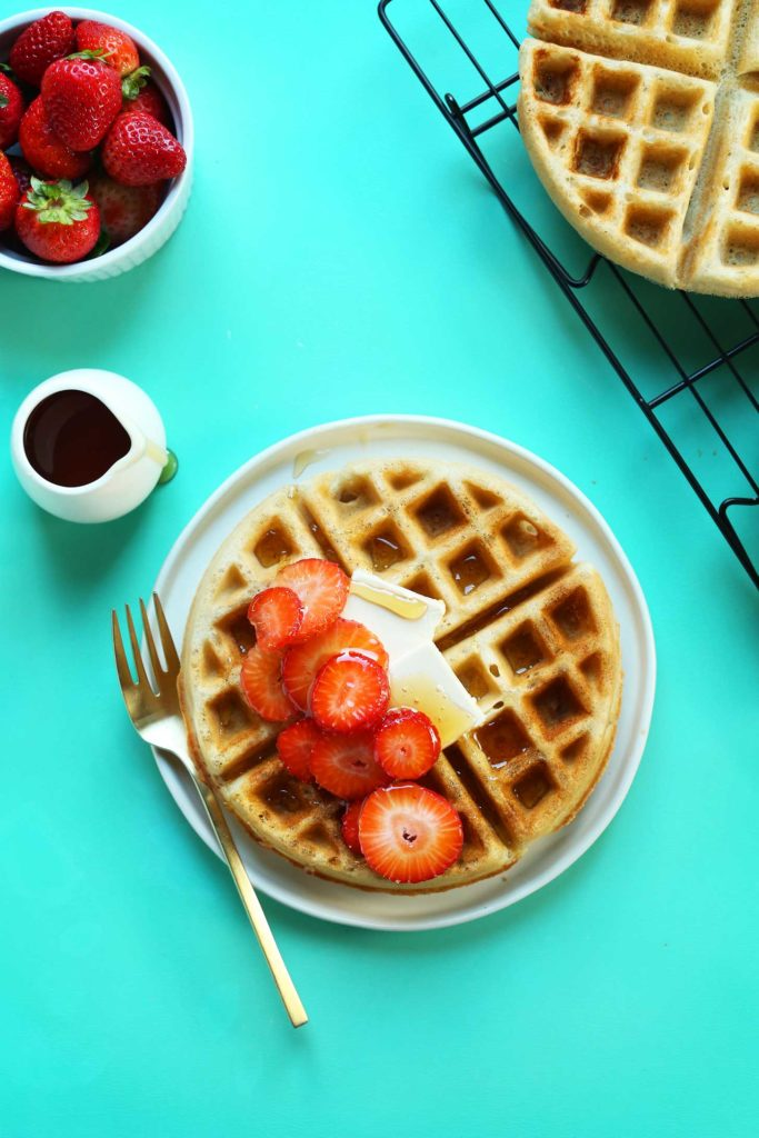 How to make vegan waffles with aquafaba instead of eggs: Recipe from the Minimalist Baker