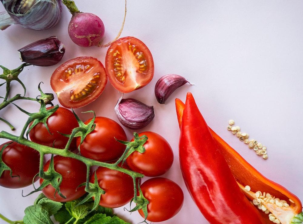 Focaccia garden tips: Use a rainbow of veggies!