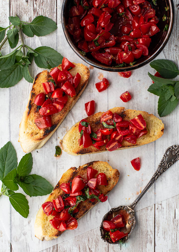 What to make with veggies from your August CSA Box: Perfect Bruschetta at Highlands Ranch Foodie