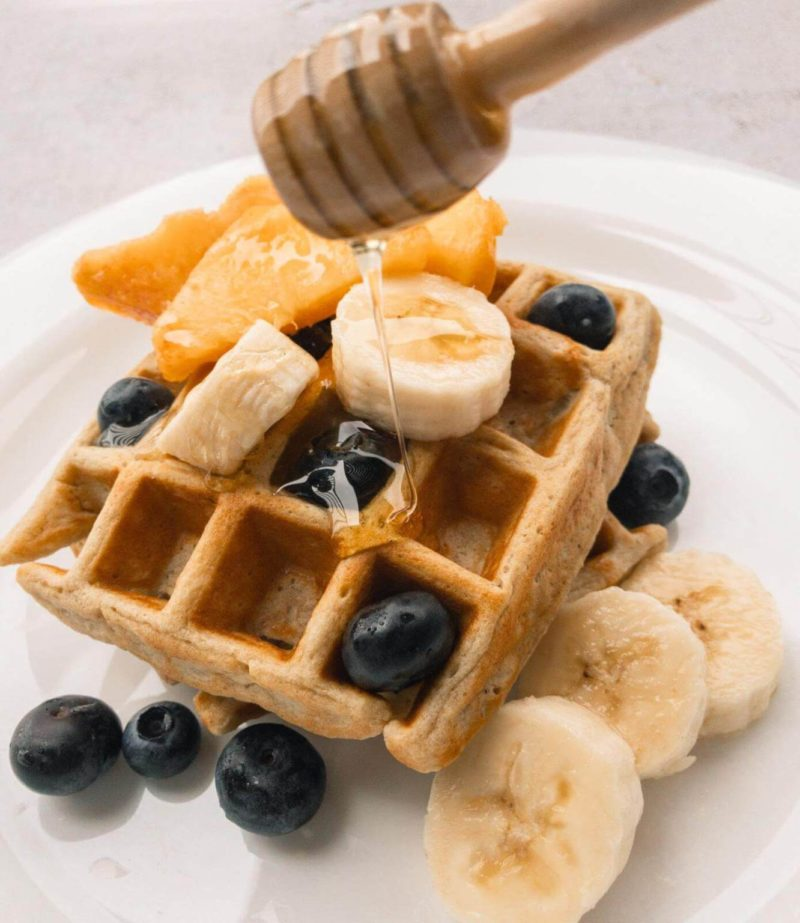Weekly meal plan: Make a quick waffle bar for dinner, with these banana waffles at Romina's Little Corner