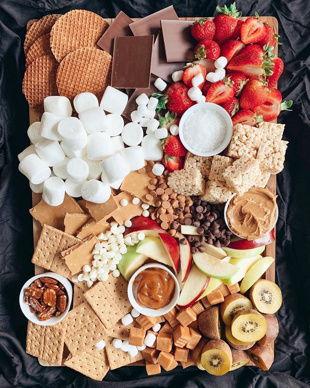 6 snack tray ideas for kids at home all day : S'mores tray from Ashley Merry is such a fun Friday afternoon treat!