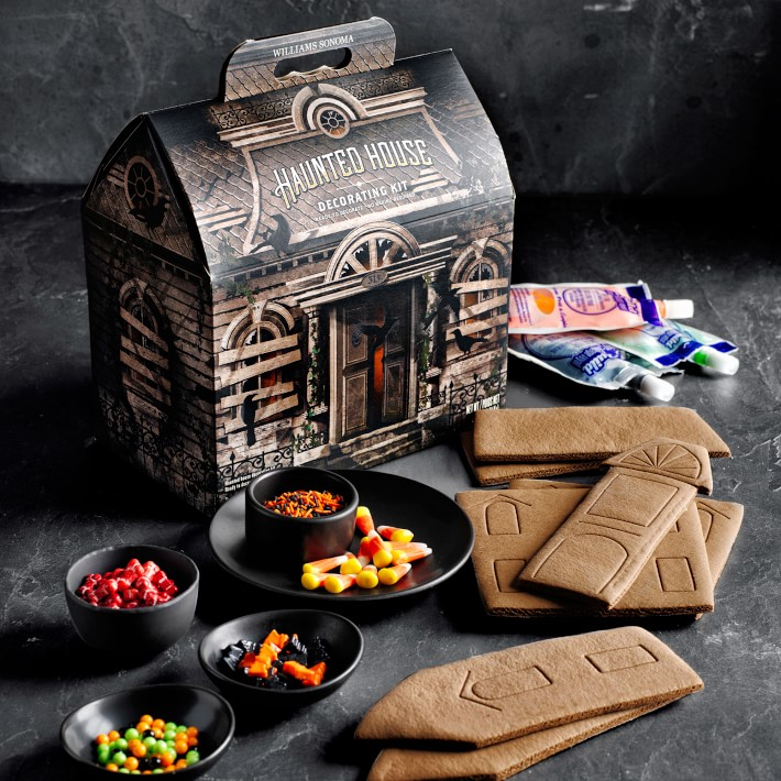 Williams-Sonoma Haunted Gingerbread House Kit