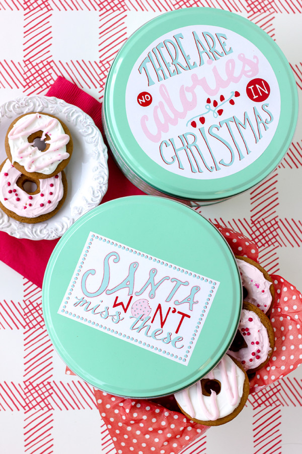 Free and festive printable cookie tin labels from Studio DIY