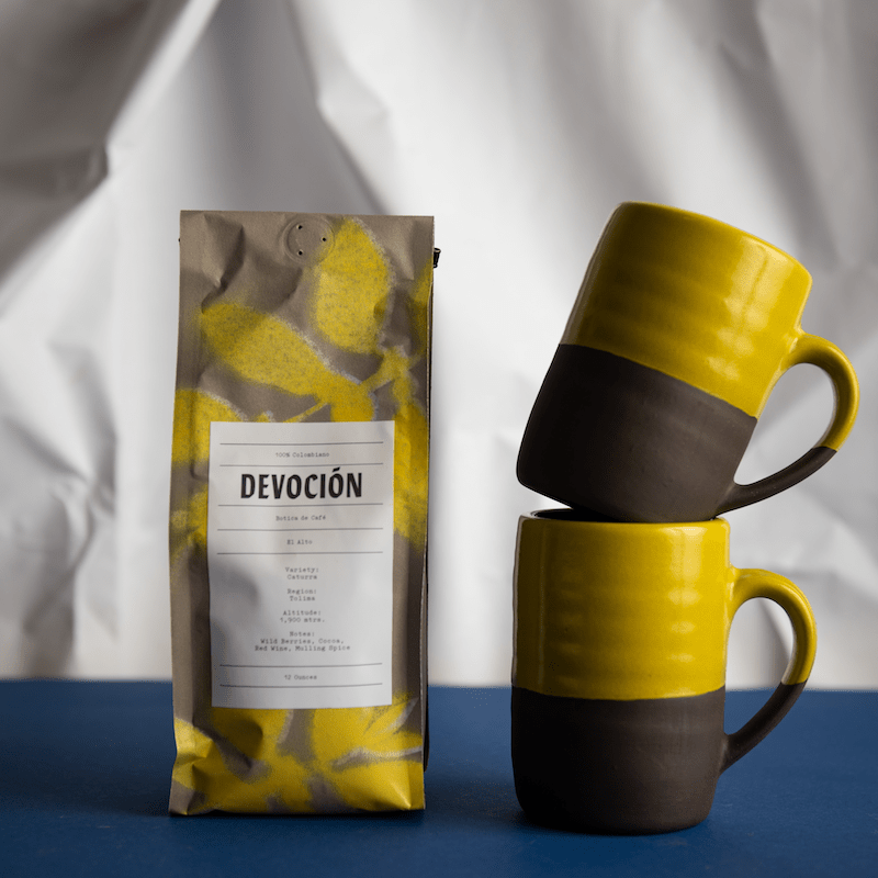 NYC food gifts: coffee gifts from NY based Devoción Coffee, like this one with a limited edition Jono Pandolfi mug set