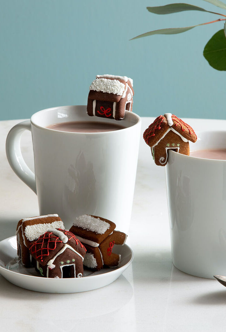 Gingerbread mug buddies: Adorable little Christmas gift, stocking stuffer, or way to upgrade your hot cocoa or coffee with a little joy