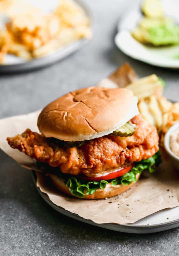 Weekly Meal Plan: Copycat fast-food chicken sandwiches at Tastes Better from Scratch
