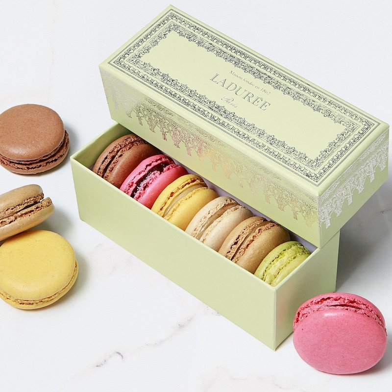 Romantic Valentine's food gifts: French macarons from Lauderée Paris