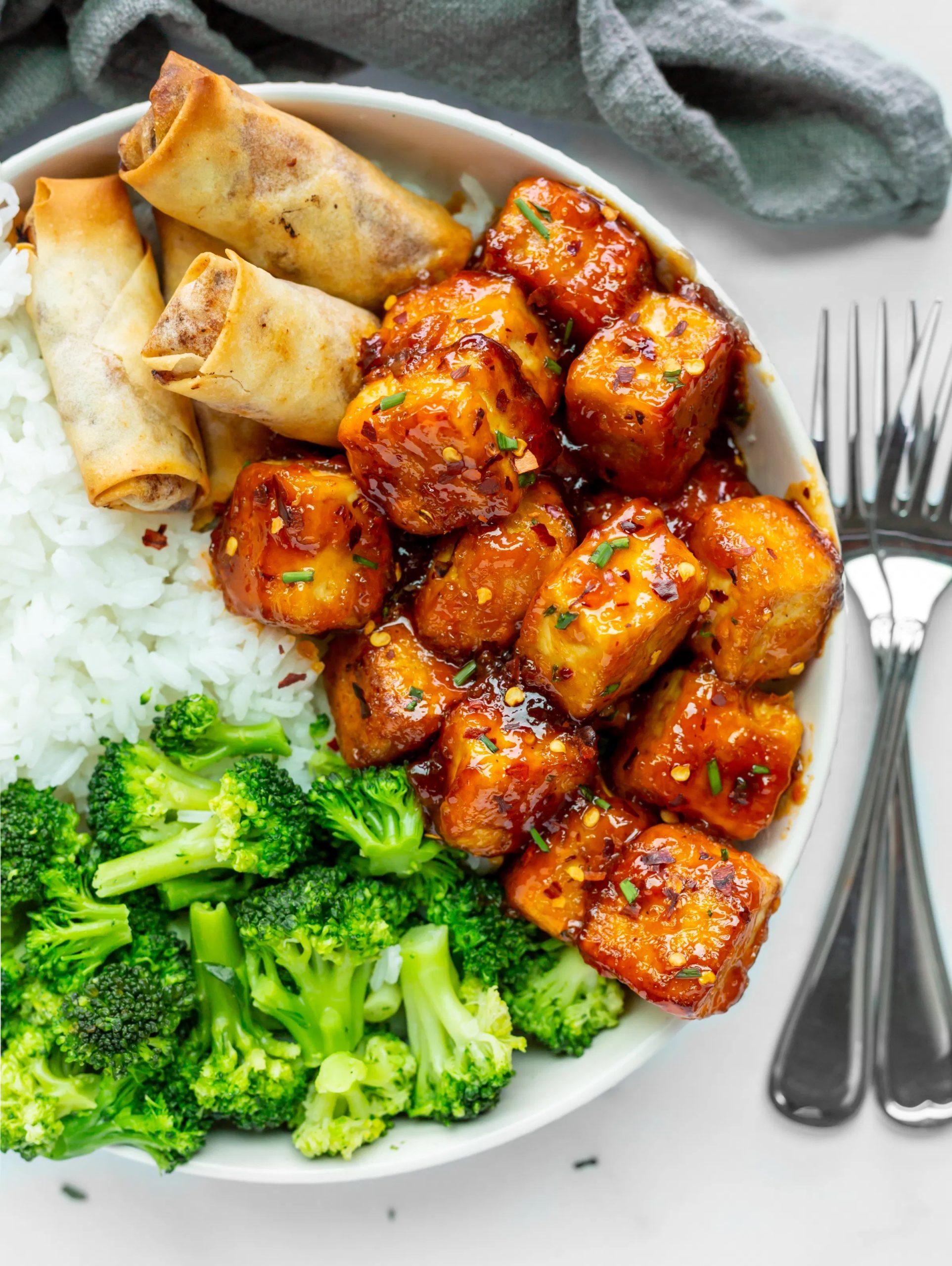 Weekly meal plan 9: Firecracker Tofu bowls at Vegan Travel Eats