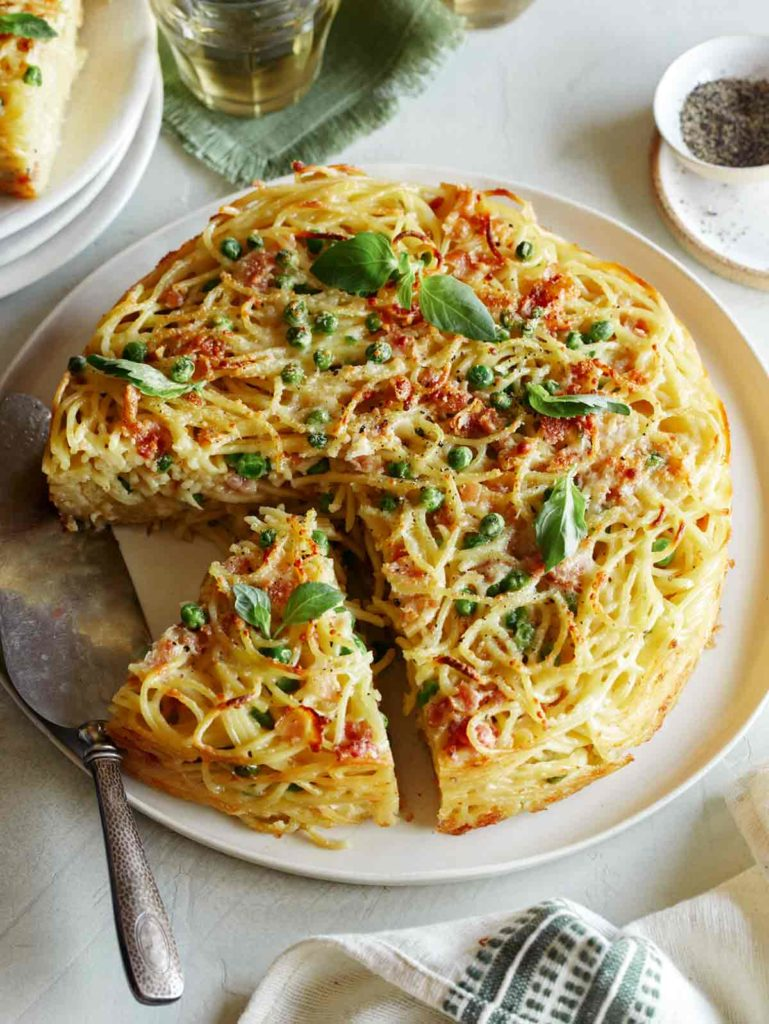 Carbonara Pasta Pie from Spook Fork Bacon: A new favorite in our weekly meal plan lineup