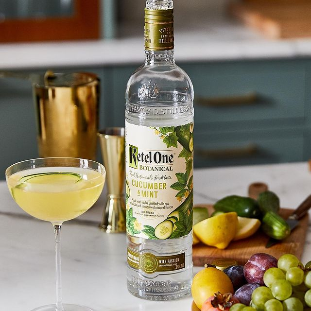 Easy champagne cocktails: Ketel One Botanicals 75 made with cucumber mint botanicals vodka and champagne