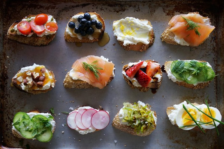 Easy food bar ideas for Mother's Day: A crostini bar with all the toppings | Honestly Yum