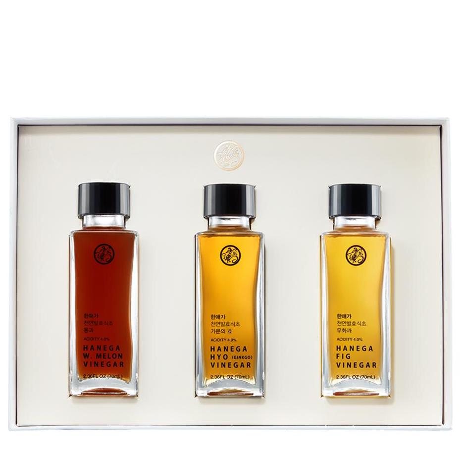 Hanega gift set of gourmet vinegars: Food and kitchen gifts supporting AAPI-owned companies