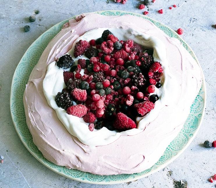 Aquafaba creates a beautiful allergy-free pavlova birthday cake with this recipe from Veggielicious