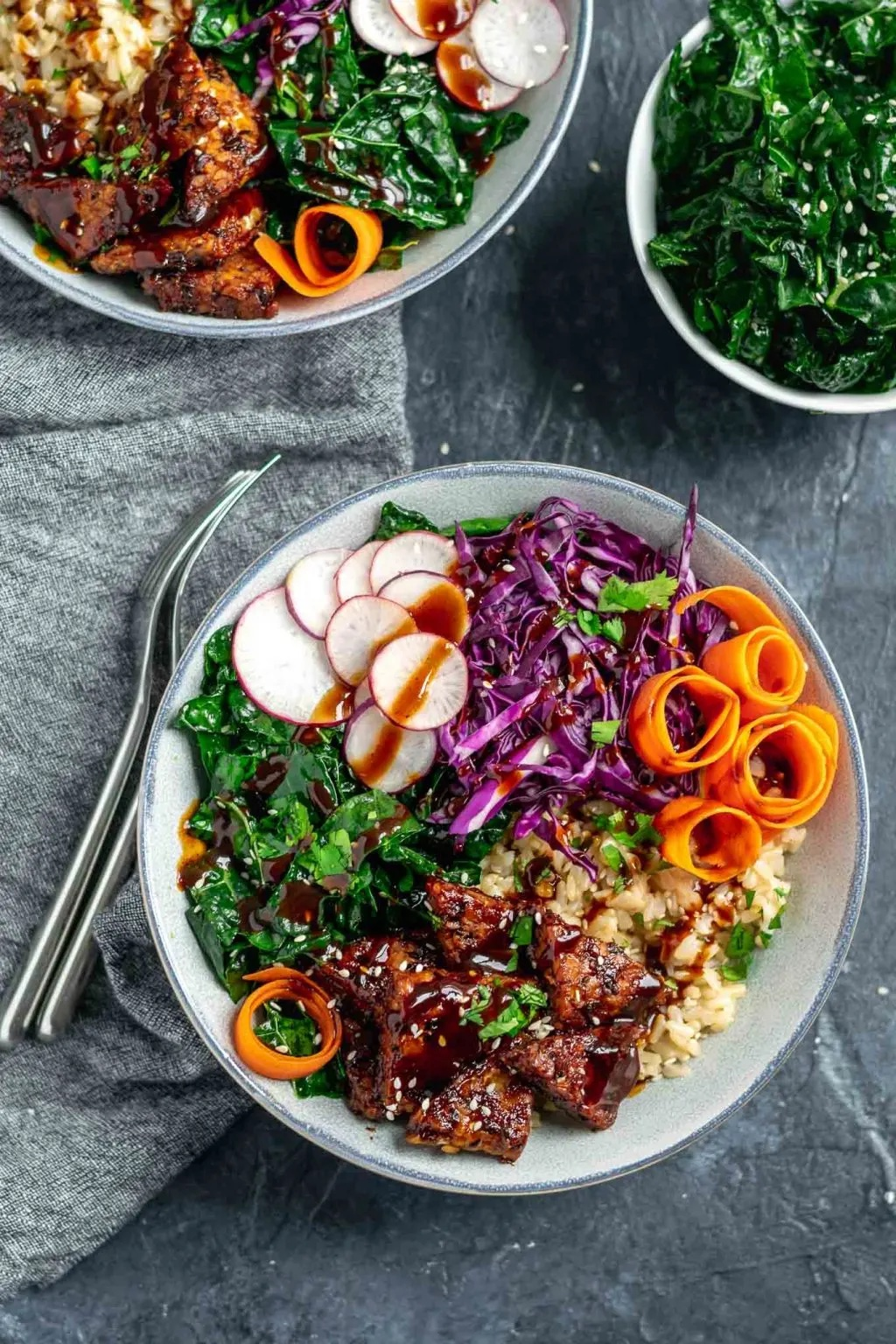 2021 meal plan ideas: Hoisin Glazed Tempeh Bowls at The Curious Chickpea