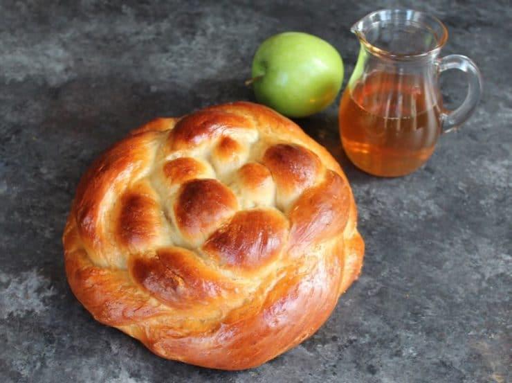 Challah Recipes for Rosh Hashanah: Apple Honey Challah from Tori Avey