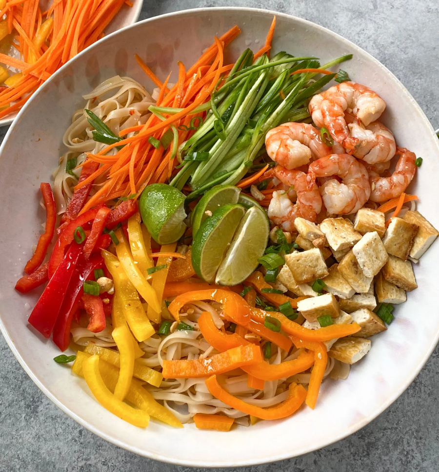 Weekly Meal Plan: Asian-Rice-Noodle-Salad-with-Shrimp-from-Hip-Foodie-Mom