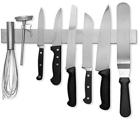 5 kitchen organization tips for those of us who spent a lot of time at home this past year: Reconsider your knife storage